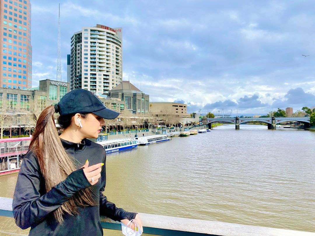 Saniya Shamshad's Latest Pictures with her Husband