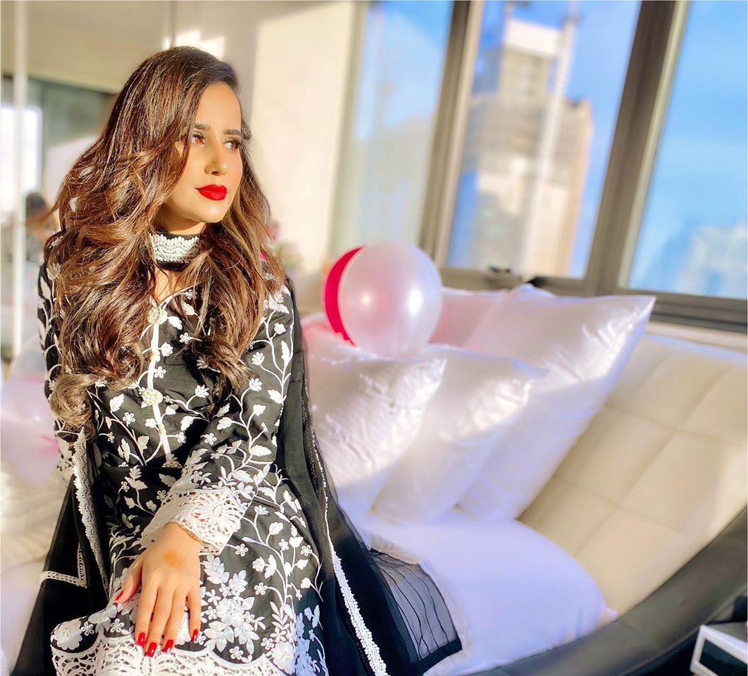 Saniya Shamshad 9