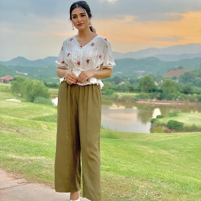 Sarah Khan Shares Tips To Stay Fit