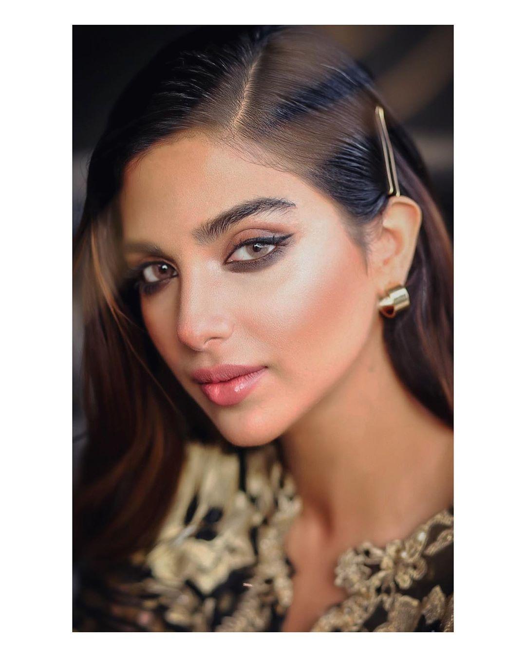 Sonya Hussyn Latest Photo Shoot for Ammara Khan