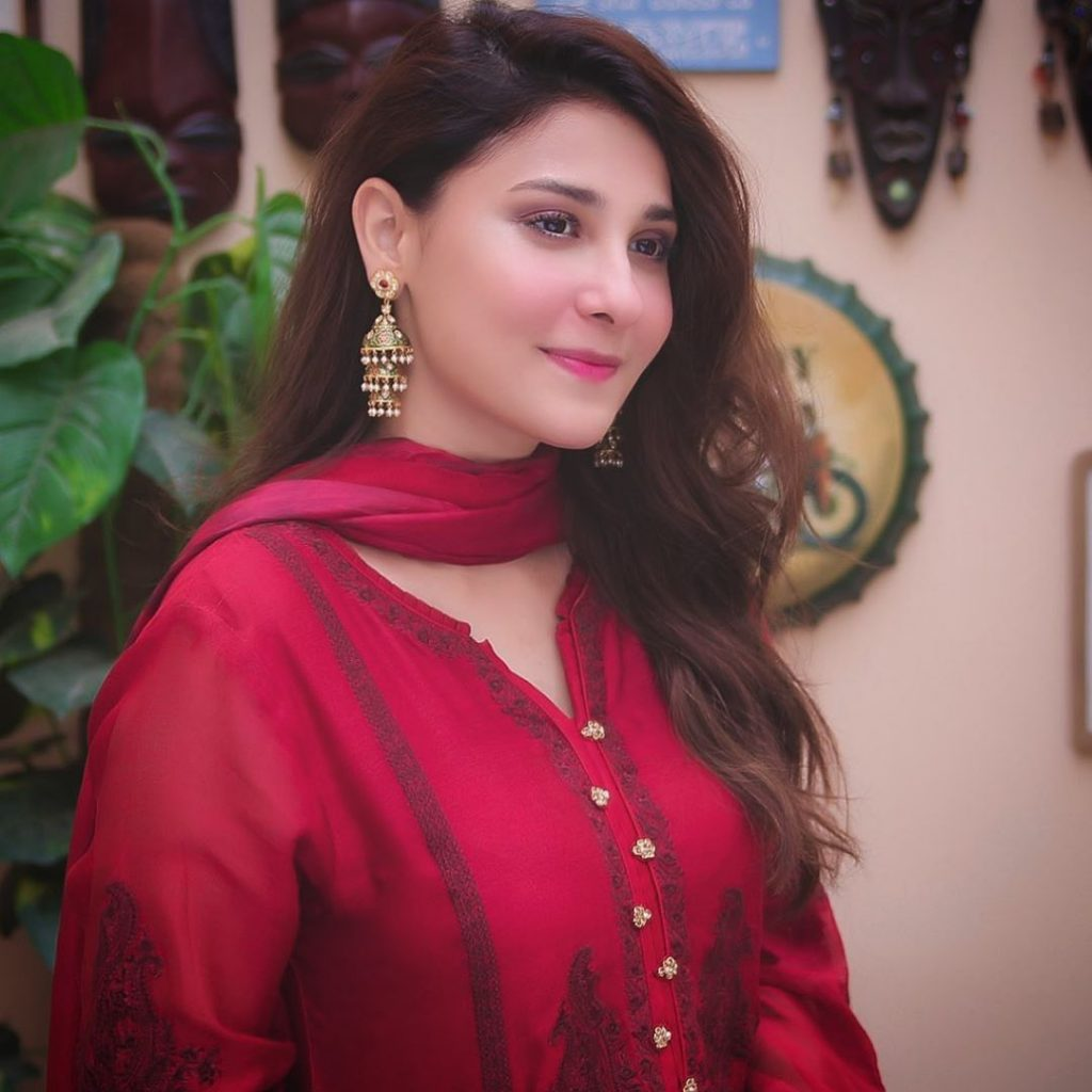 Latest Pictures of Hina Agha in Eastern Dresses After Marriage