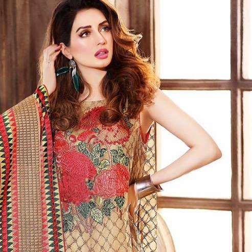 Rare Pictures of Iman Ali in Eastern Wears