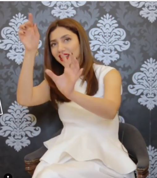 Mahira Khan Was Beaten Up By Her Mother In Childhood