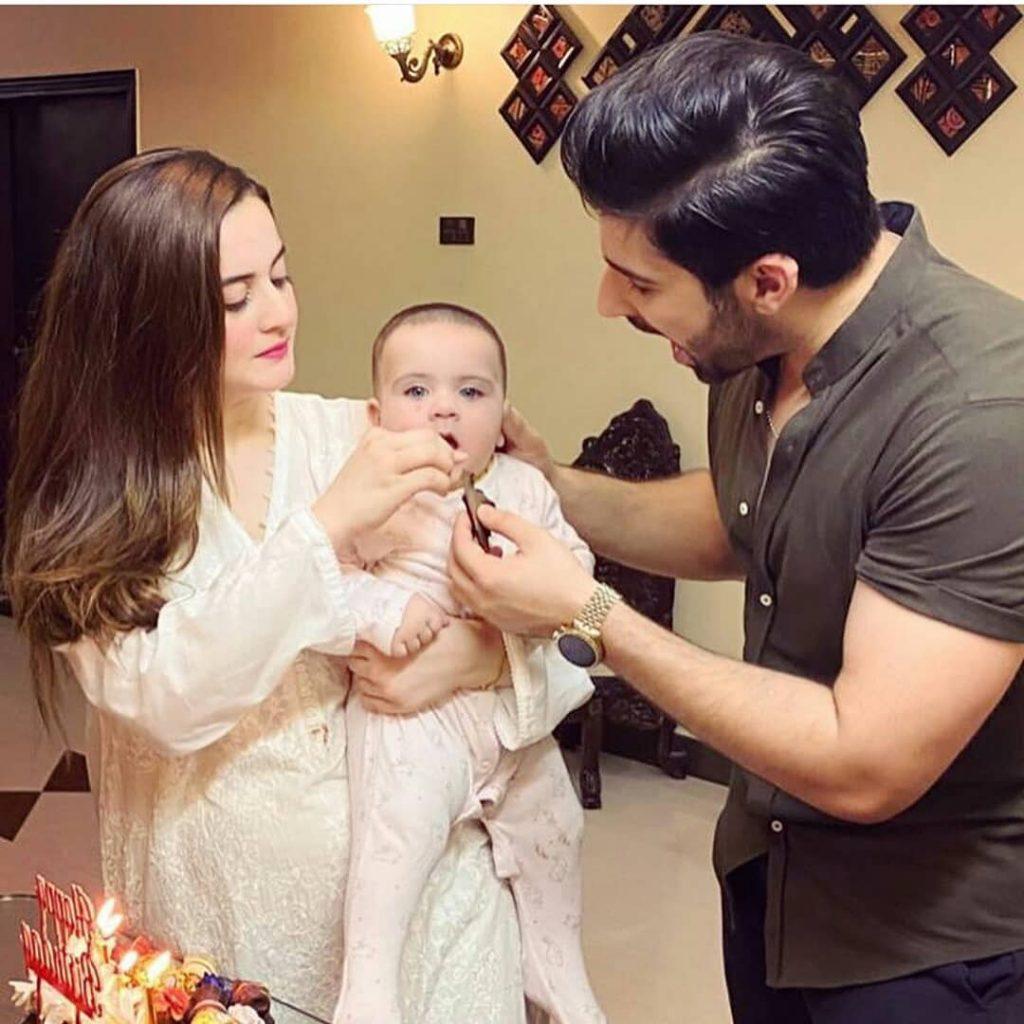 Adorable Pakistani Actresses Wear White Elegantly