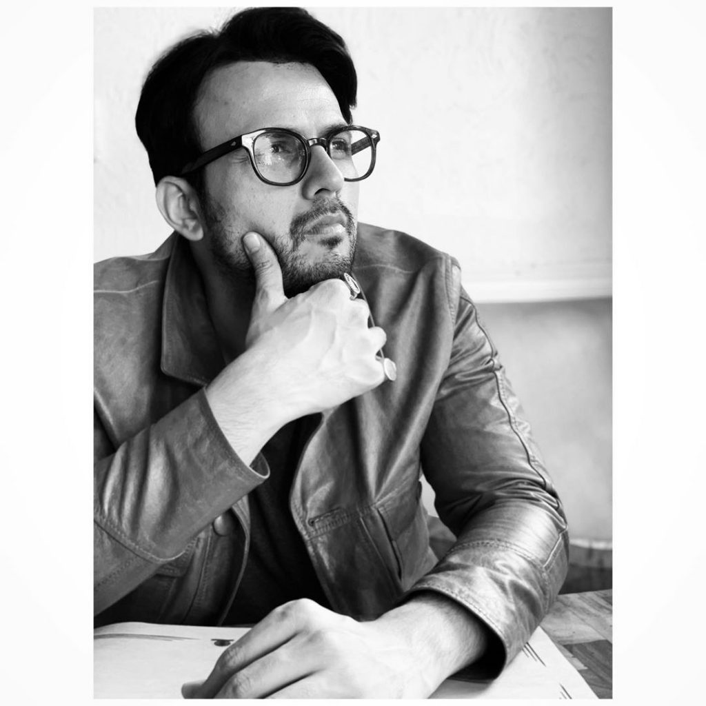 The Antique Side of Usman Mukhtar - Classy Pictures