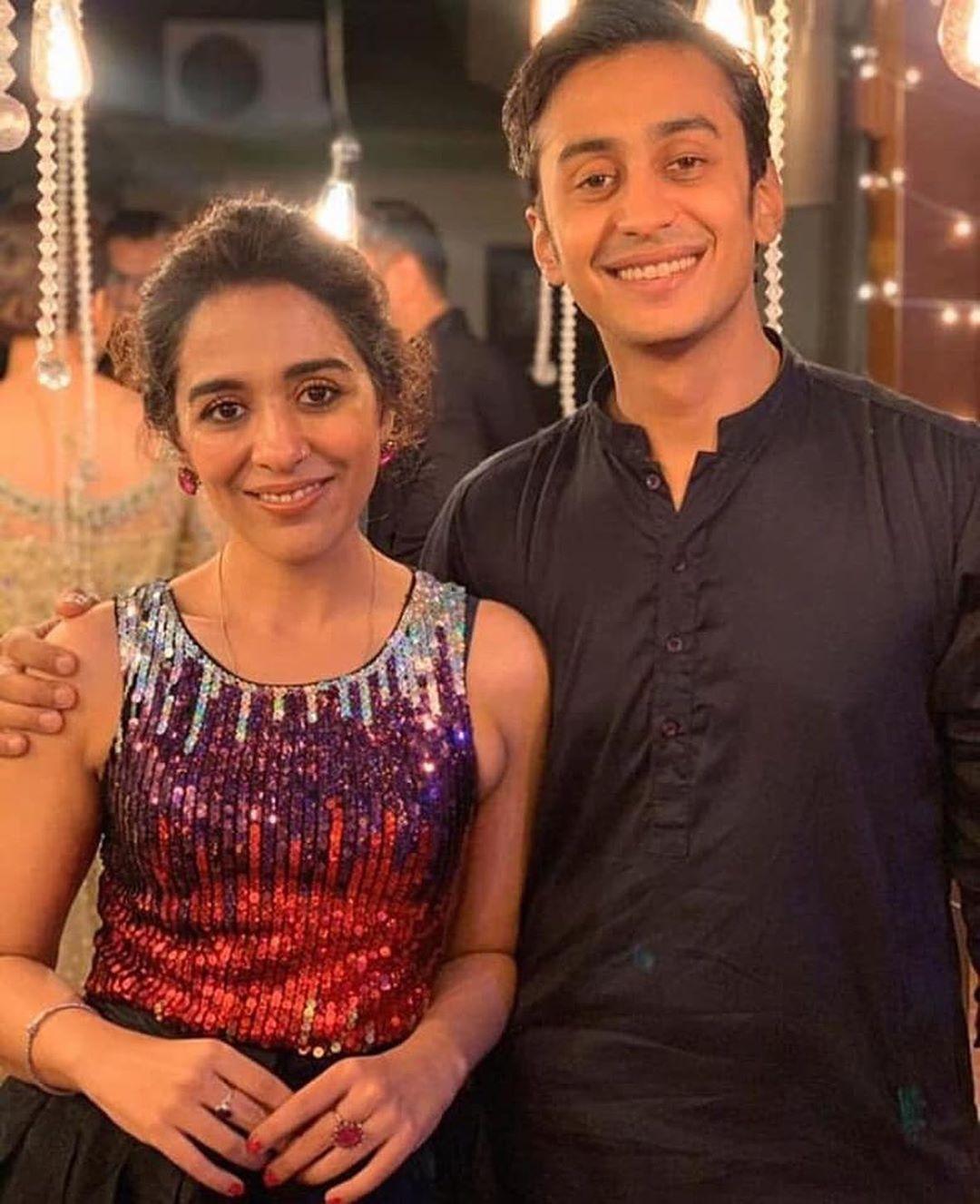 Famous Pakistani Couples With Huge Age Gap