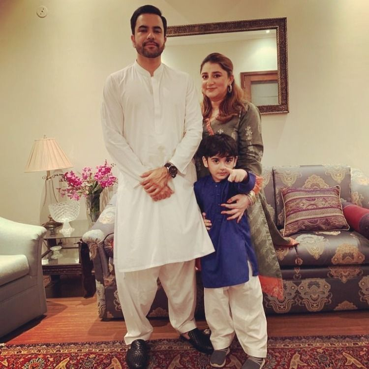 Junaid Khan Celebrates His Sons first Birthday Along With His Tenth Anniversary