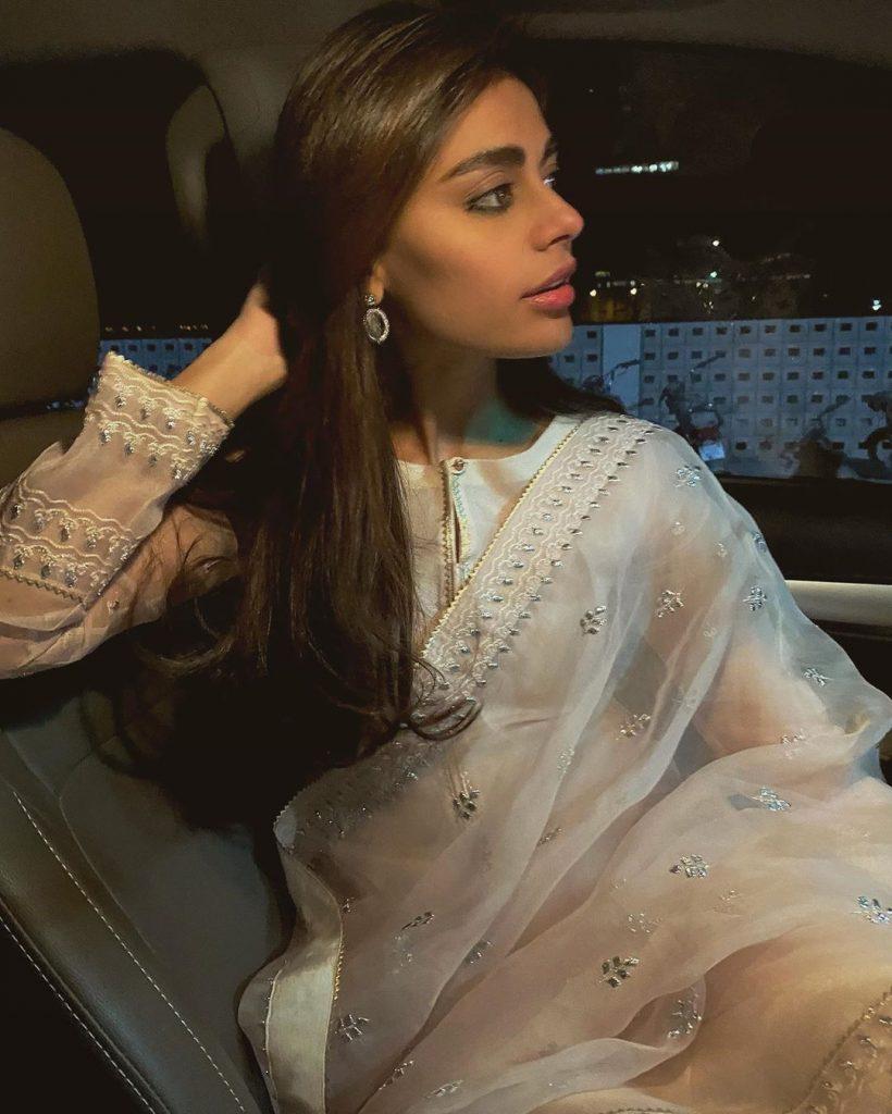 25 Glamorous Poses Of Sadaf Kanwal