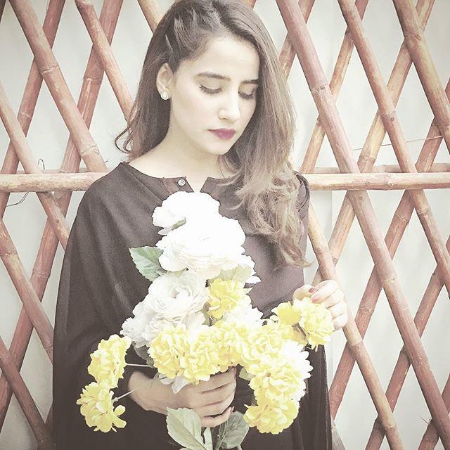 Latest Clicks Of Actress Saniya Shamshad