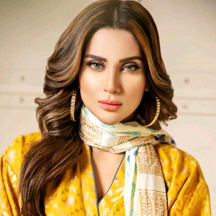 Fiza Ali Looking Chic In Western Attire
