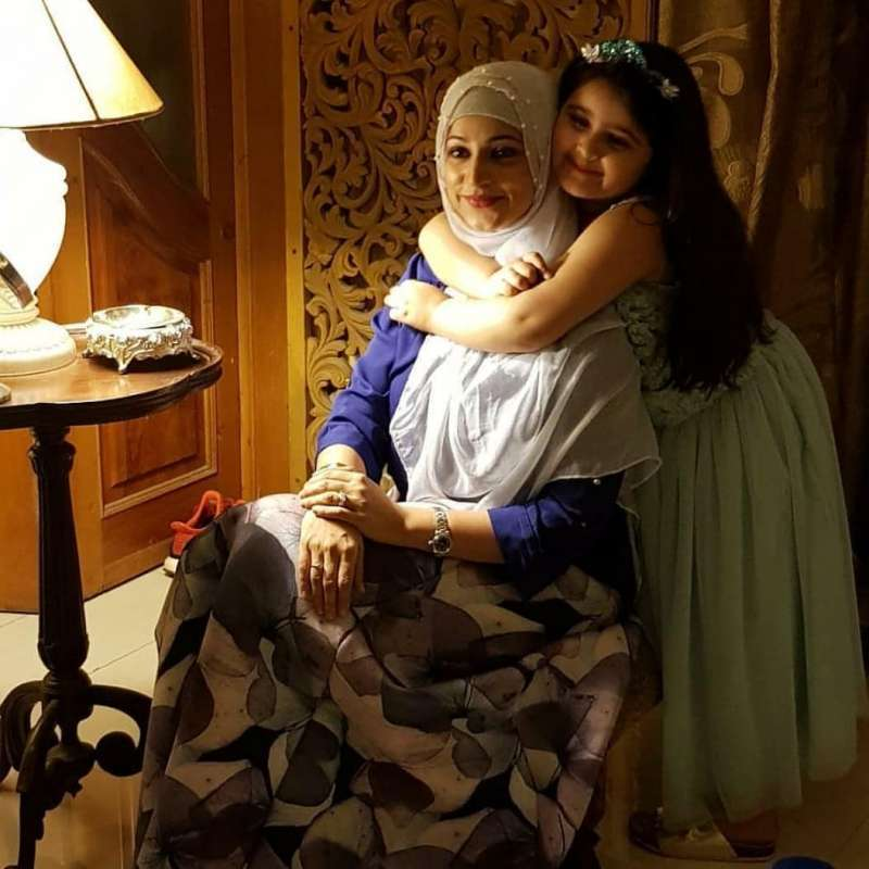 Unseen Pictures Of Noor Bukhari With Her Family