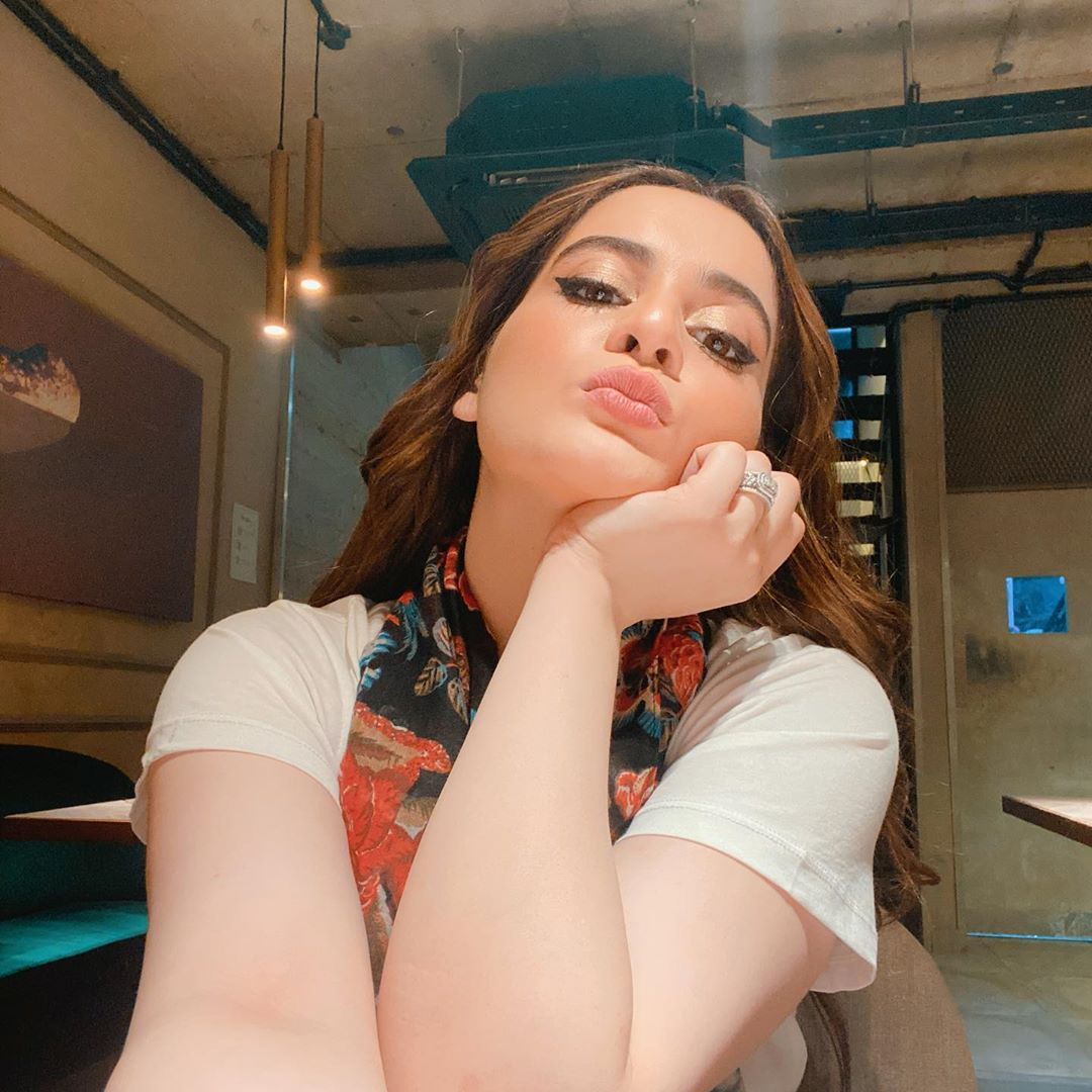 Aiman Khan is Looking Gorgeous in her Latest Pictures from Instagram