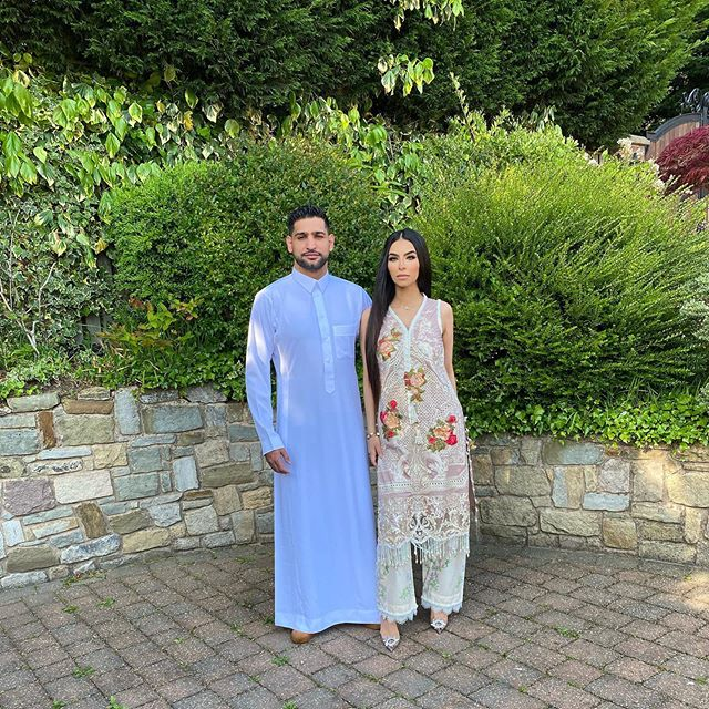 Amir khan Boxer Wife - Romantic Pictures