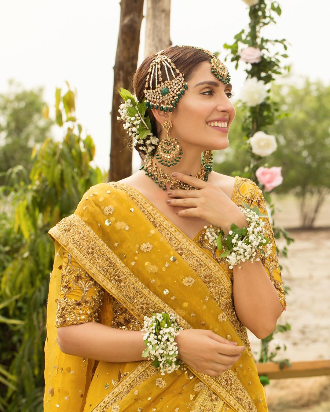 Ayeza Khan is Looking Gorgeous in Yellow Dress in Her Shoot