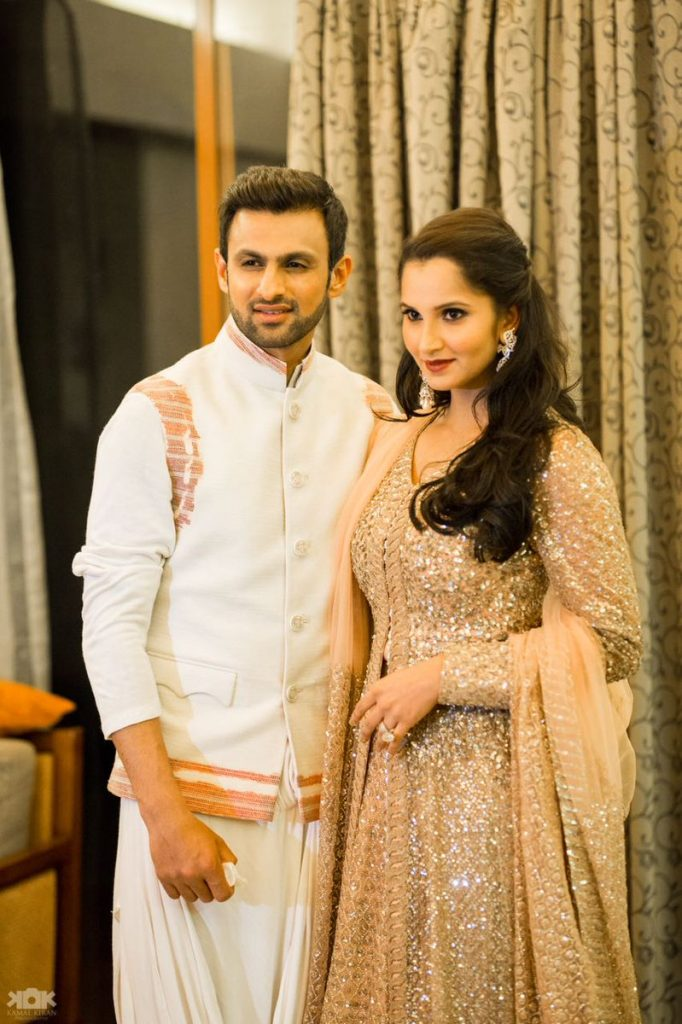 Shoaib Malik Spotted Spending Quality Time With His Family
