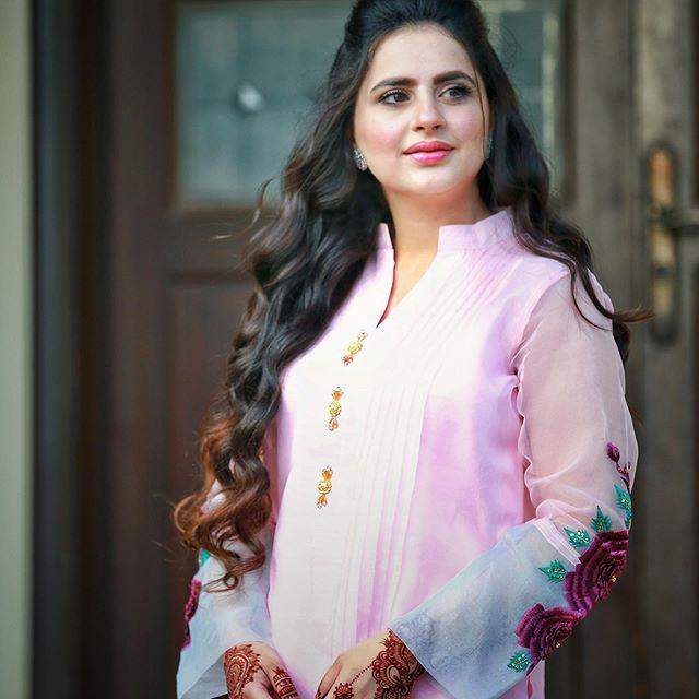 Fatima Effendi Gives Befitting Answer To Body Shamers 1