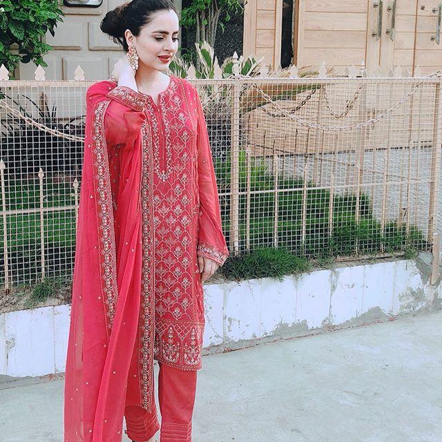 Fatima Effendi Gives Befitting Answer To Body Shamers 2