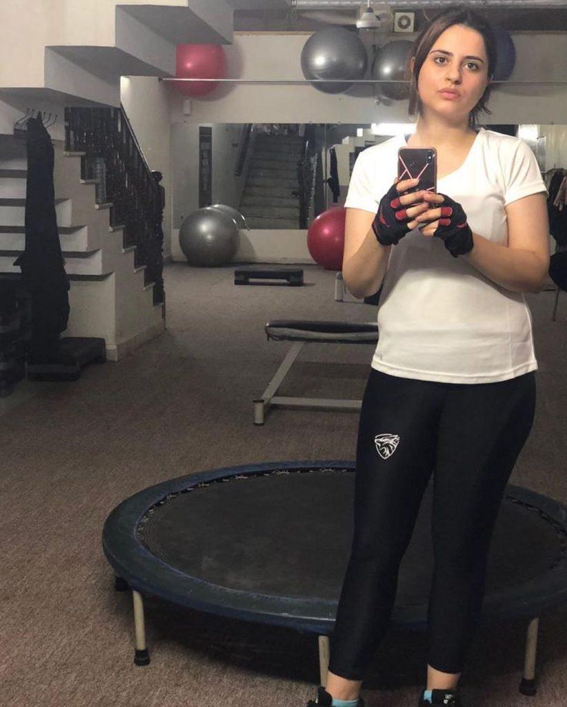 Fatima Effendi Gives Befitting Answer To Body Shamers 28