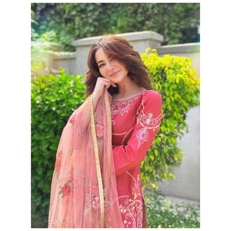 Hania Aamir Shared Cute Dance Video