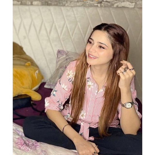 Here Is How Aima Baig Takes Care of Hair Skin And Weight 3