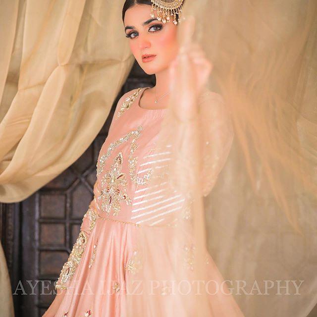 Hira Mani Looks Drop Dead Gorgeous In Latest Shoot 2