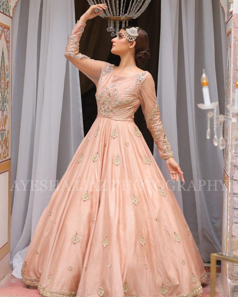 Hira Mani Looks Drop Dead Gorgeous In Latest Shoot 20