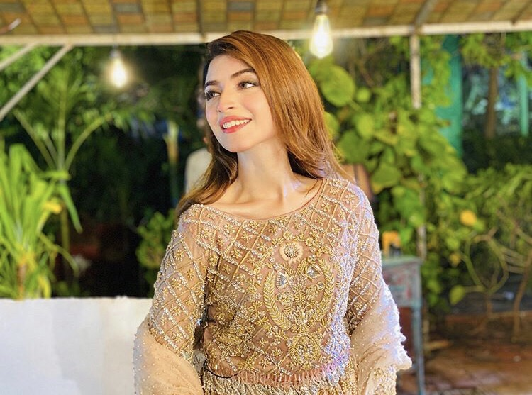 Kinza Hashmi Latest Pictures From Instagram