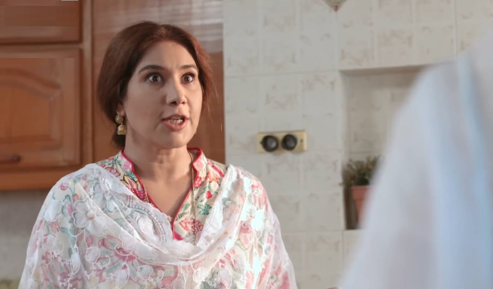 Emotionally Absent Mothers In Current Pakistani Dramas