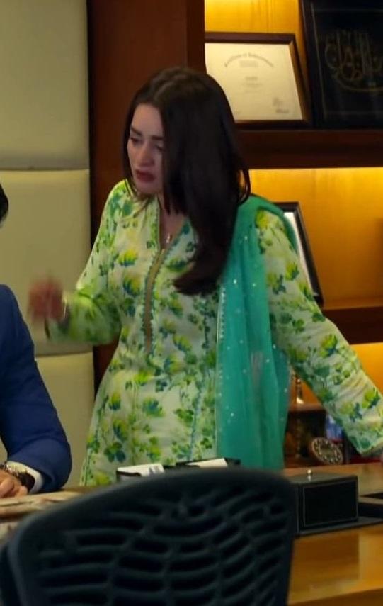 Minal Khan 2 7