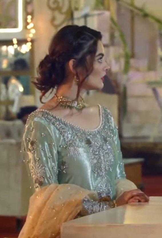 Minal Khan 3 4