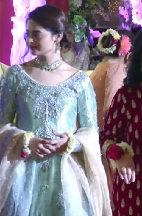 Minal Khan 5 2