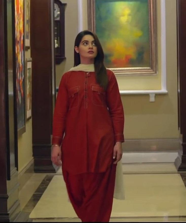 Minal Khan 8 2