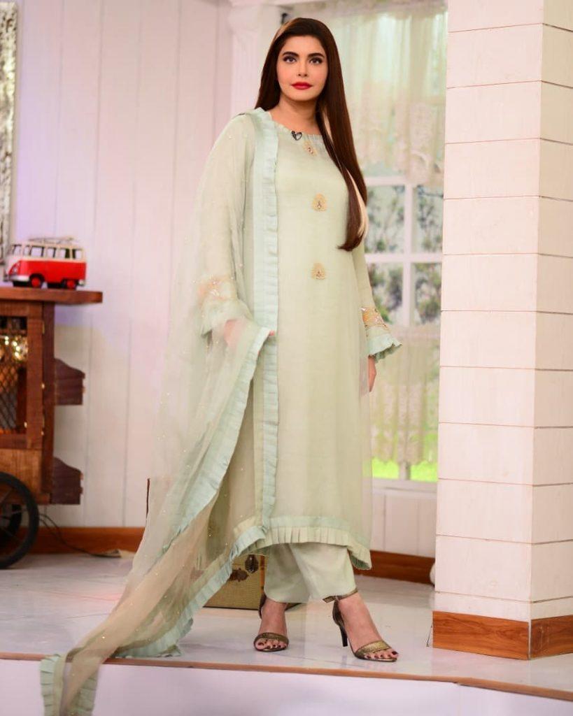 Bushra Iqbal And Noor Bukhari Criticized Nida Yasir