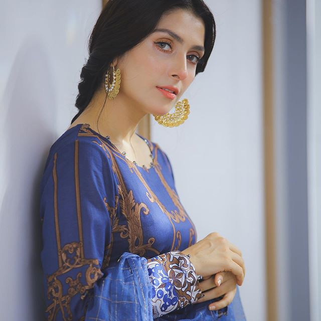 Old Clip Of Ayeza Khan From Her First Drama Serial 5