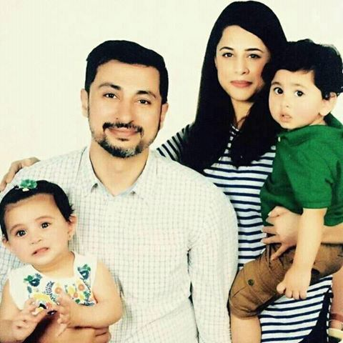 Picture of Mehreen Raheel with her Family 2