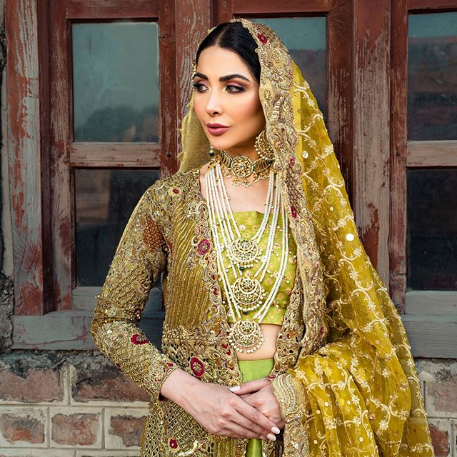 Sabeeka Imam Looks Undeniably Gorgeous In Bridal Dresses By Mahreen Gul 26