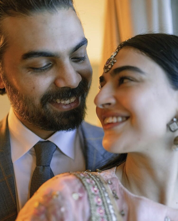 Beautiful Pictures Of Saheefa Jabbar With Her Husband