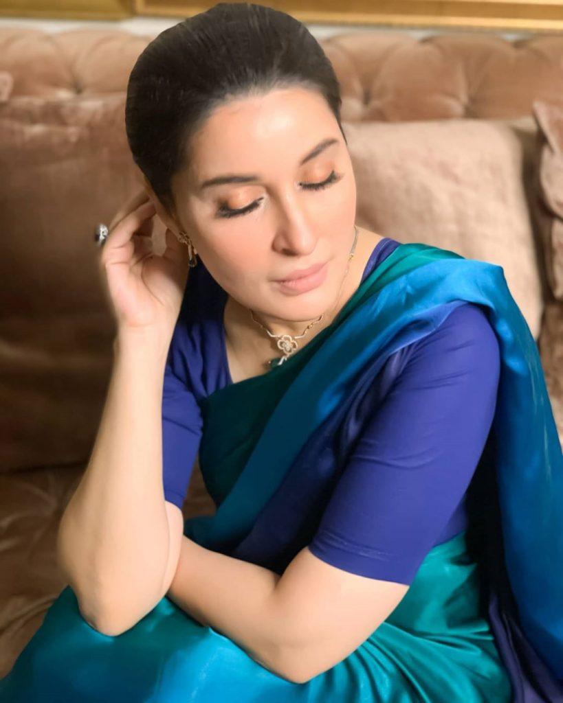 Shaista Lodhi And Eshal Fayyaz Spotted In Same Silk Saree