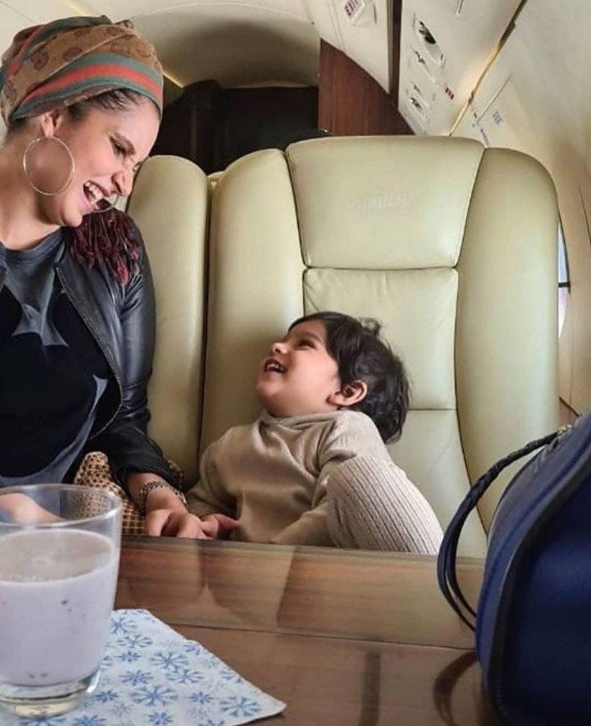 Sania Mirza Wished Anniversary To Shoaib Malik