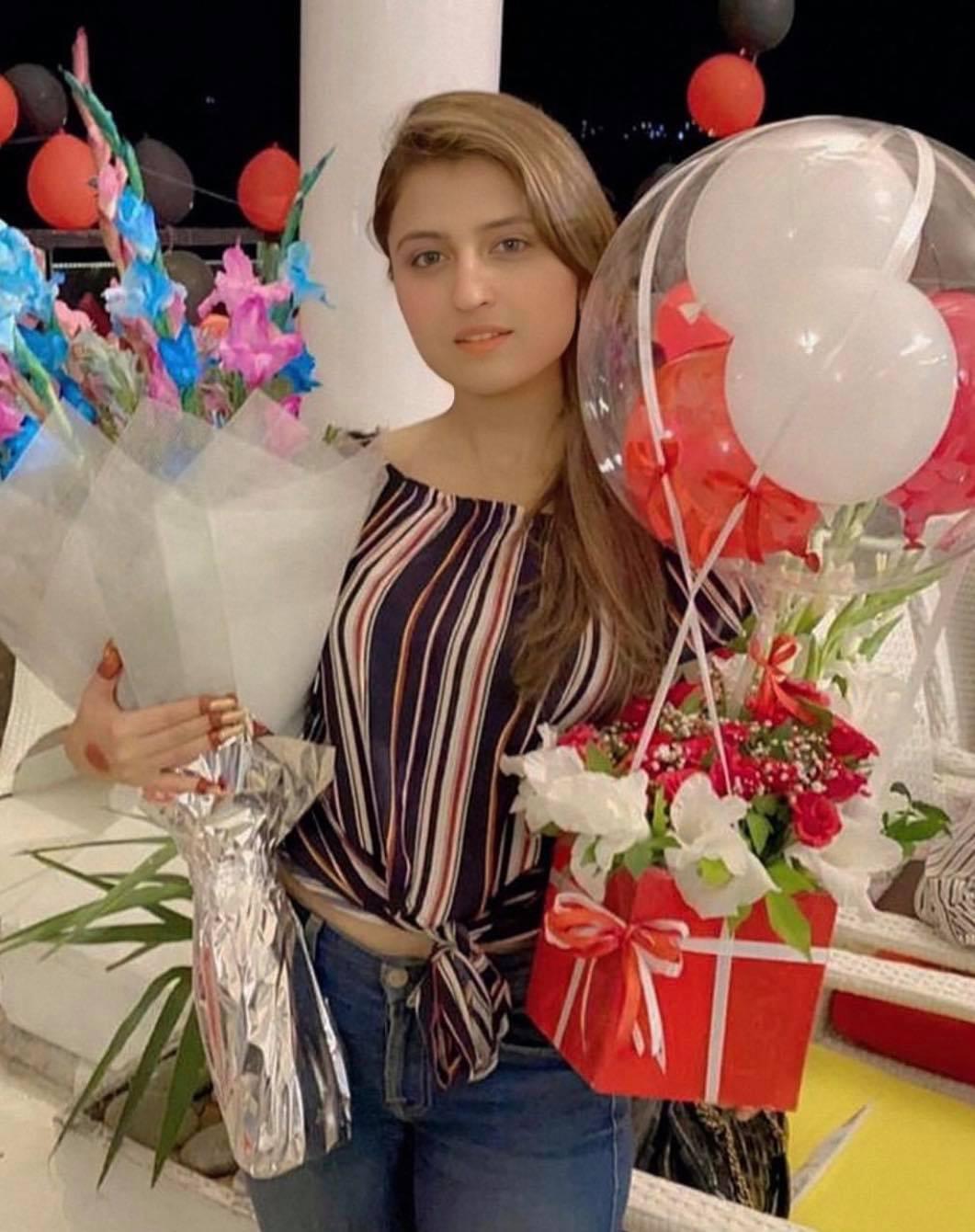Tania Hussain1