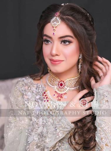 Arisha Razi Glams Up As A Bride In Her Latest Shoot