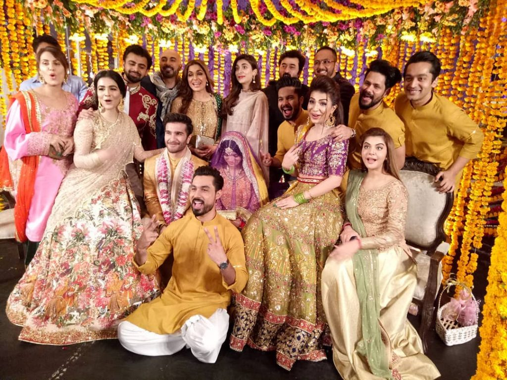 Are Feroze Khan And Alizey Parting Their Ways