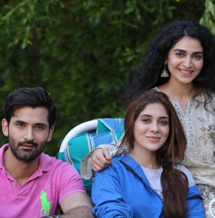 Hajra Yamin Shares Some Pictures From The Set Of Her New Project