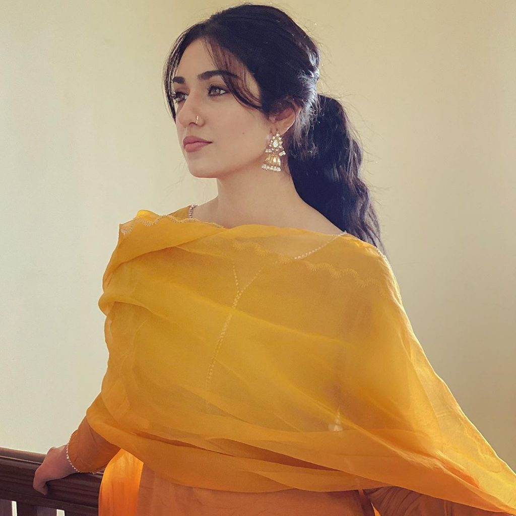 Solo Pictures of Sarah Khan After Her Marriage