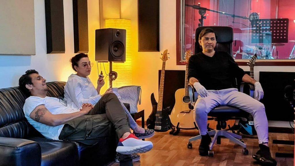 Sonu Nigam Met His Personal Favorite Singer Sajjad Ali