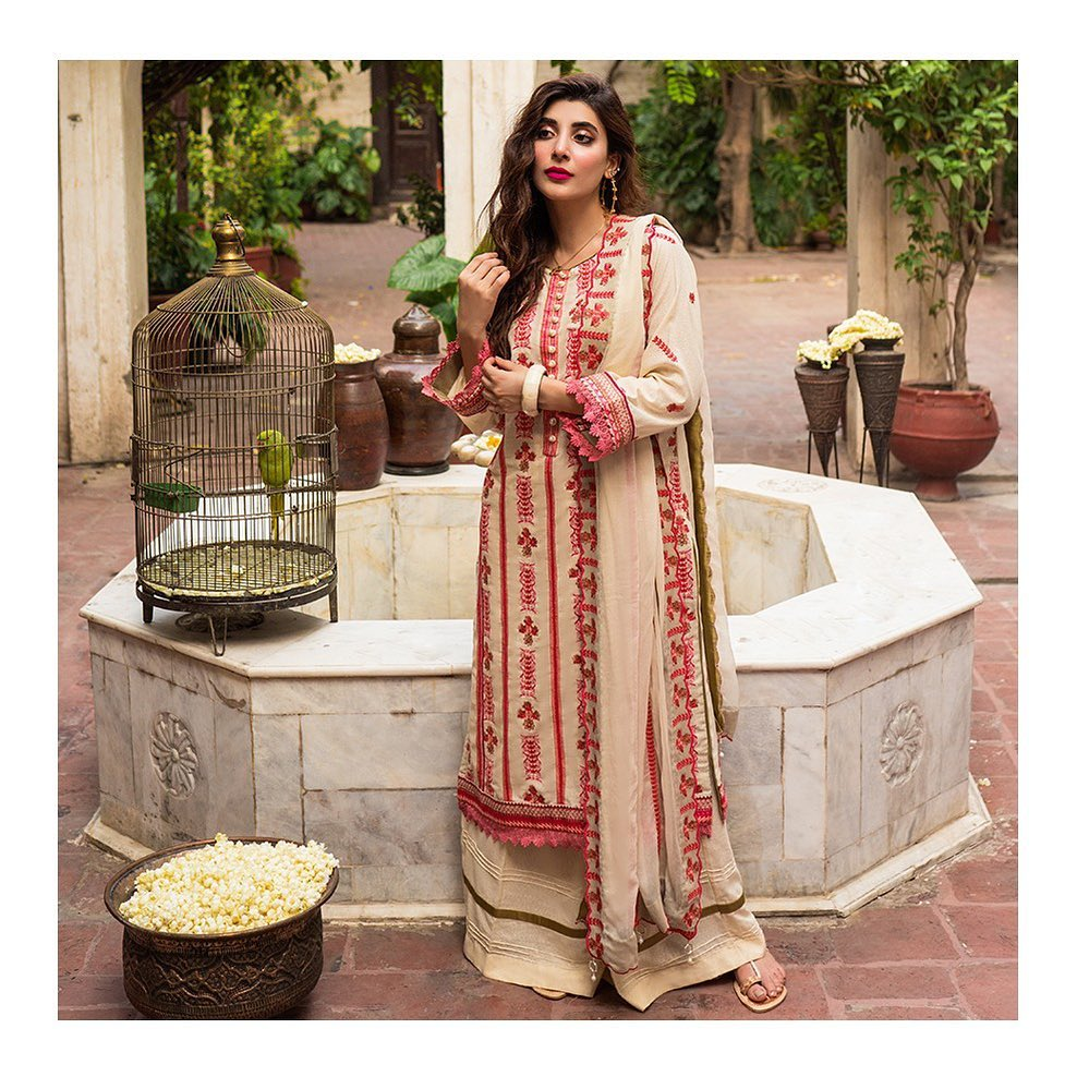 Urwa Hocane Latest Shoot in Beautiful Outfits by Raaya Official