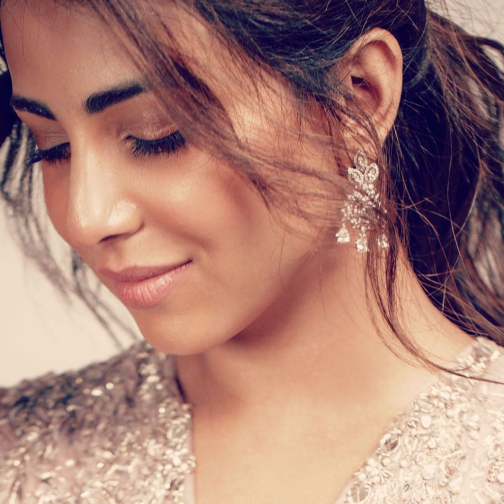 Ushna Shah's Advice For Actresses With Plastic Surgeries