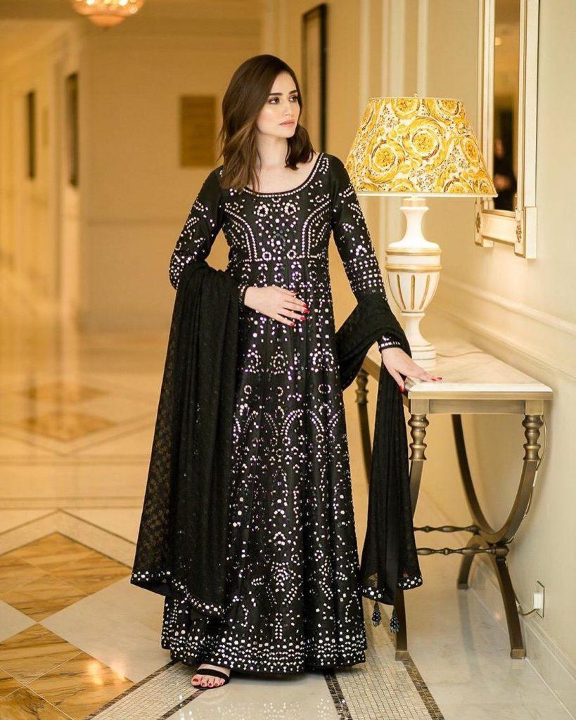 Top 10 Beautiful Dresses Worn By Sana Javed