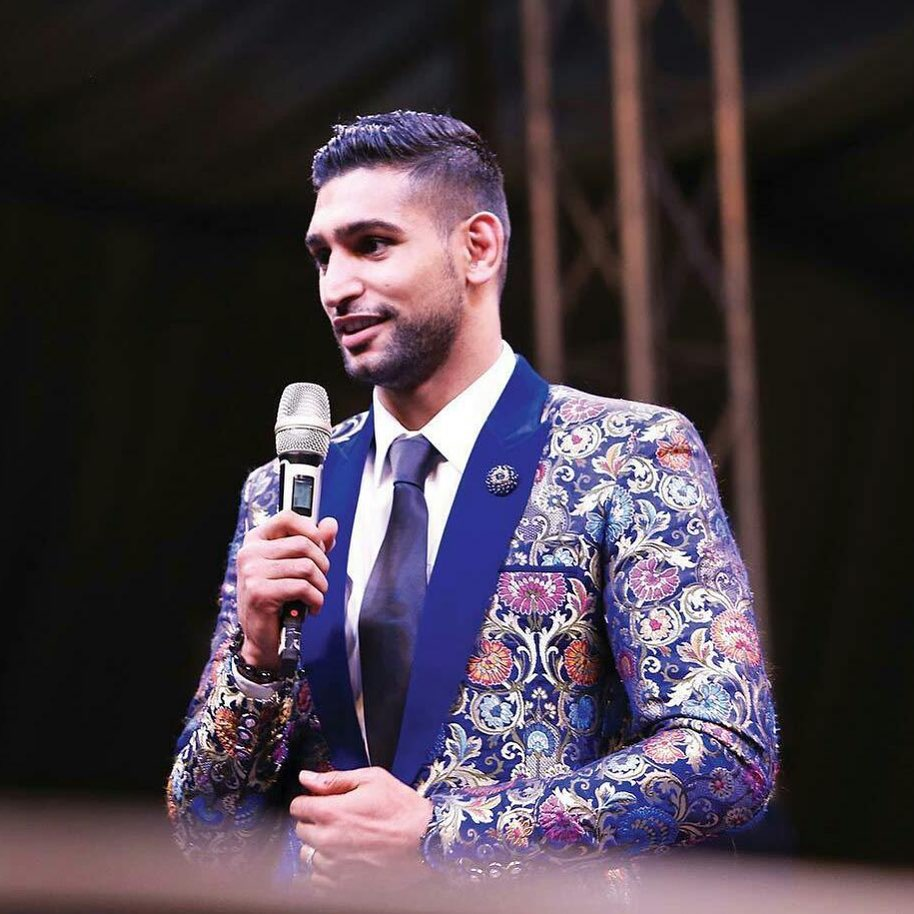 Amir Khan Hints About Joining Politics