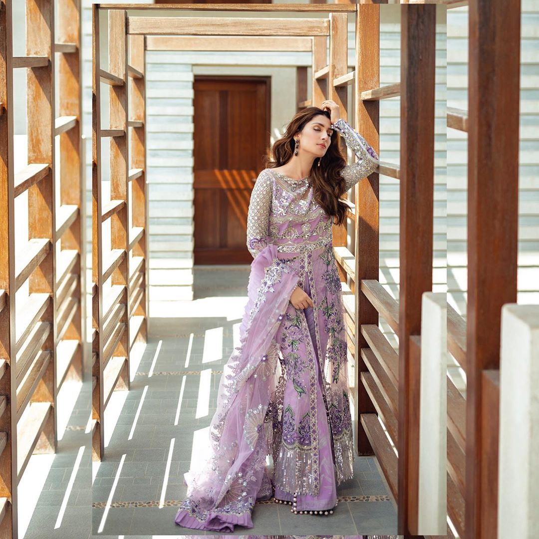 Ayeza Khan is Looking Stuning in this Beautiful Purple Outfit